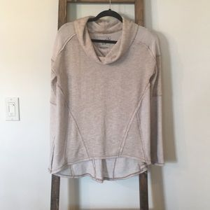 We the Free sweater NWOT size small